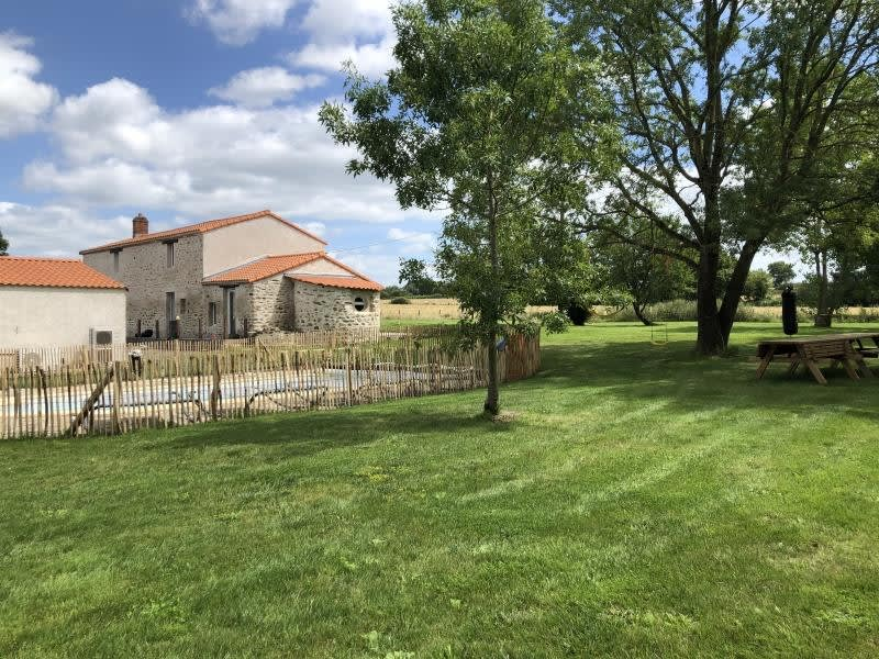 Vente maison / villa St viaud 630000€ - Photo 1