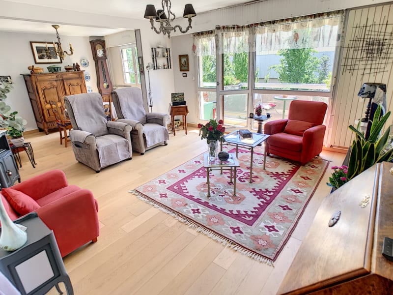Sale apartment Melun 209000€ - Picture 1