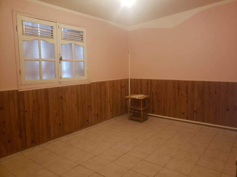 Location appartement Le moule 700€ CC - Photo 3