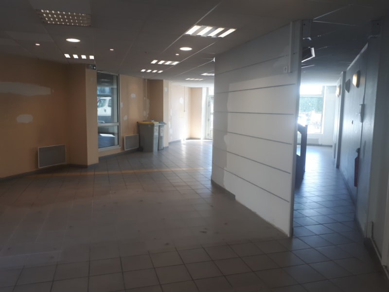 Vente local commercial Saint omer 420120€ - Photo 3