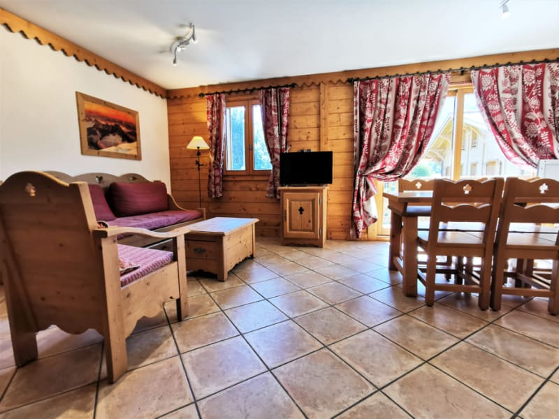 Sale apartment Les houches 300 000€ - Picture 1
