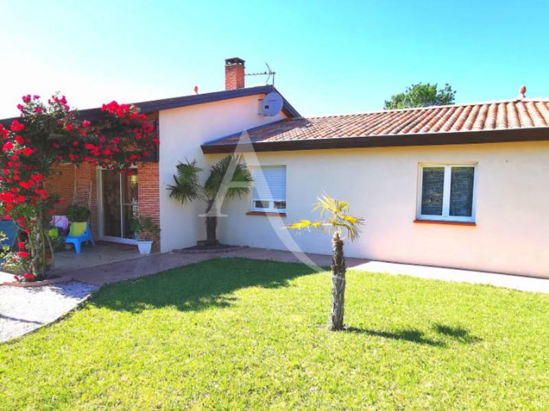 Sale house / villa L isle jourdain 472500€ - Picture 1