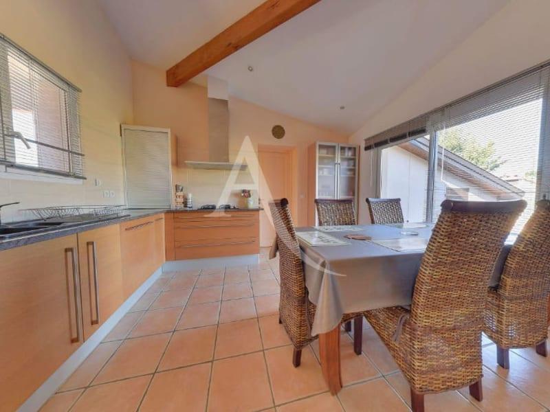 Sale house / villa L isle jourdain 472500€ - Picture 6