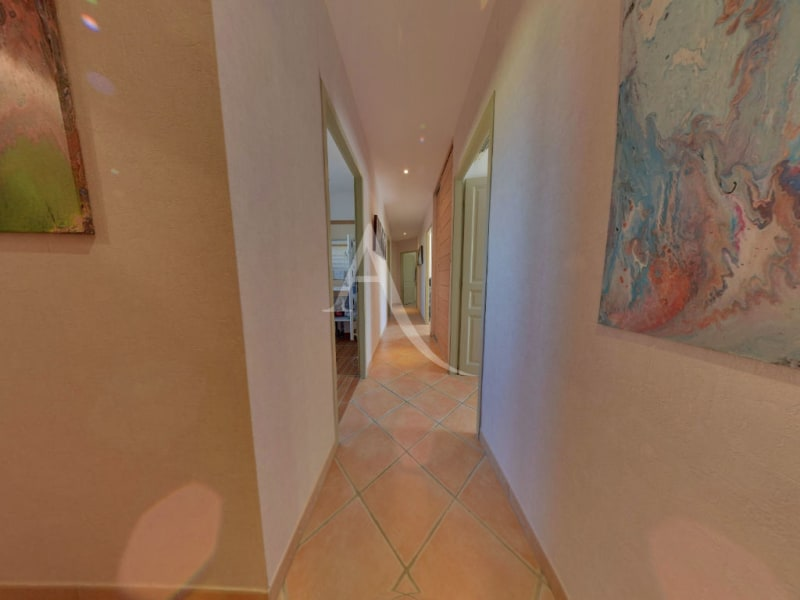 Sale house / villa L isle jourdain 472500€ - Picture 7