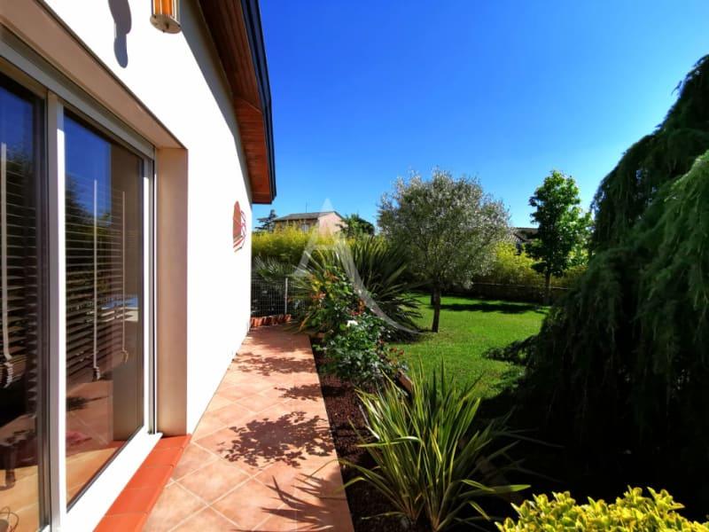 Sale house / villa L isle jourdain 472500€ - Picture 9
