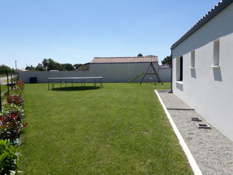 Sale house / villa Saint denis du payre 309000€ - Picture 10