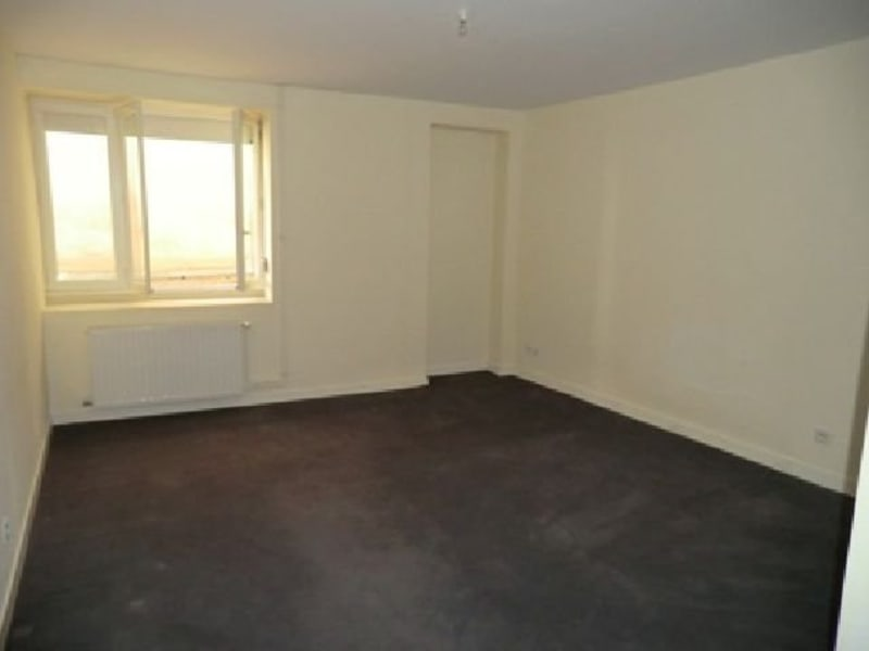 Rental apartment Chalon sur saone 900€ CC - Picture 2