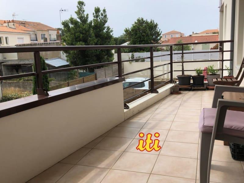 Sale apartment Chateau d'olonne 294000€ - Picture 2
