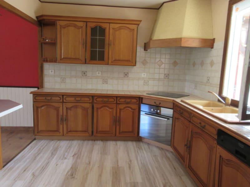 Sale house / villa Chuisnes 168000€ - Picture 3