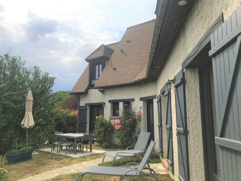 Sale house / villa Orgeval 790000€ - Picture 1
