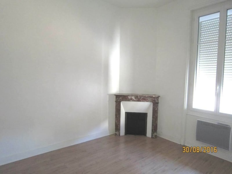 Rental apartment Cognac 415€ CC - Picture 6