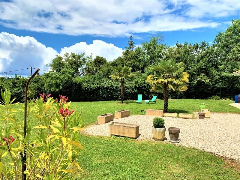 Sale house / villa L isle d abeau 690000€ - Picture 2