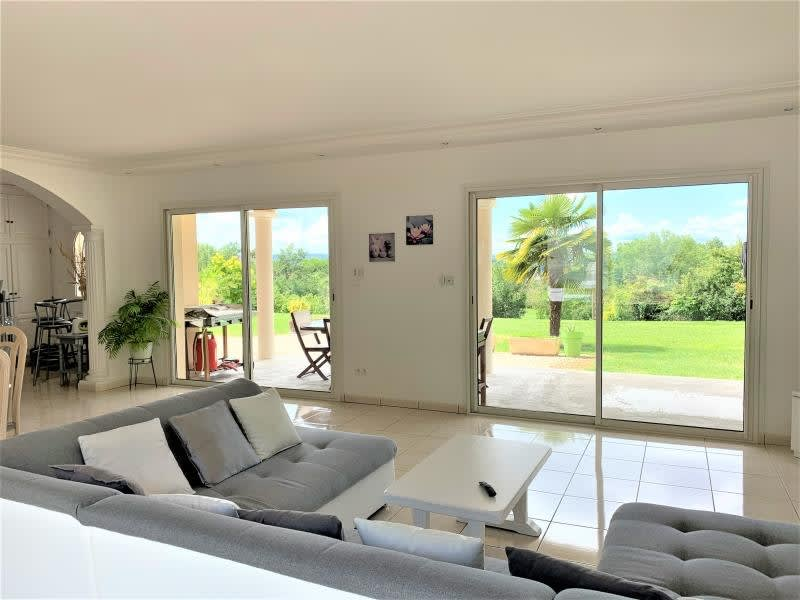 Sale house / villa L isle d abeau 690000€ - Picture 8