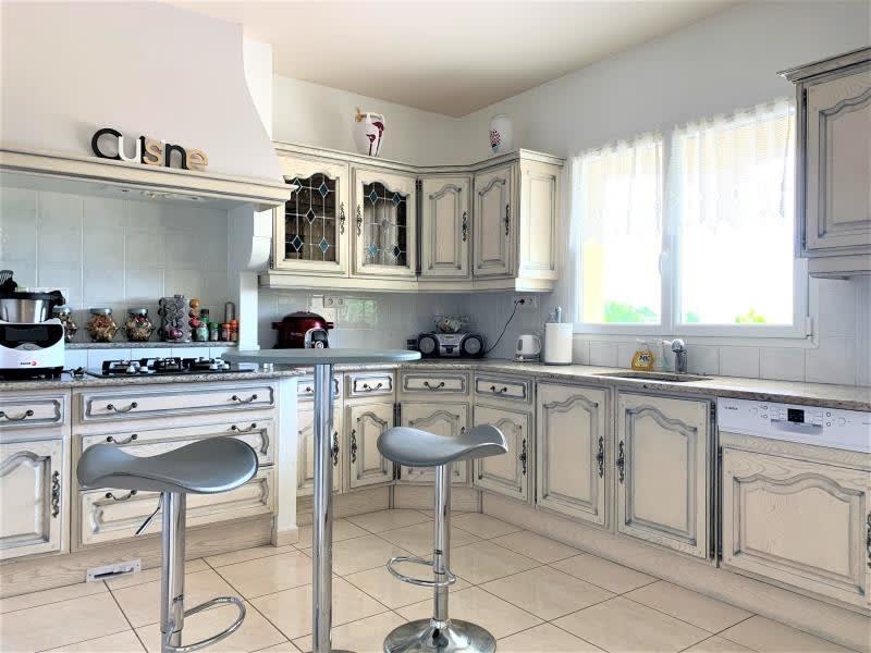 Sale house / villa L isle d abeau 690000€ - Picture 9