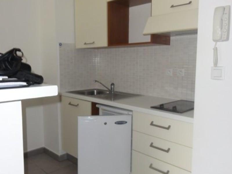 Location appartement Ste clotilde 591€ CC - Photo 3