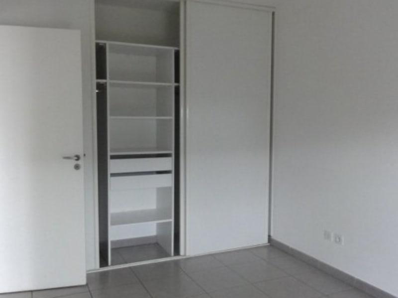 Location appartement Ste clotilde 591€ CC - Photo 4