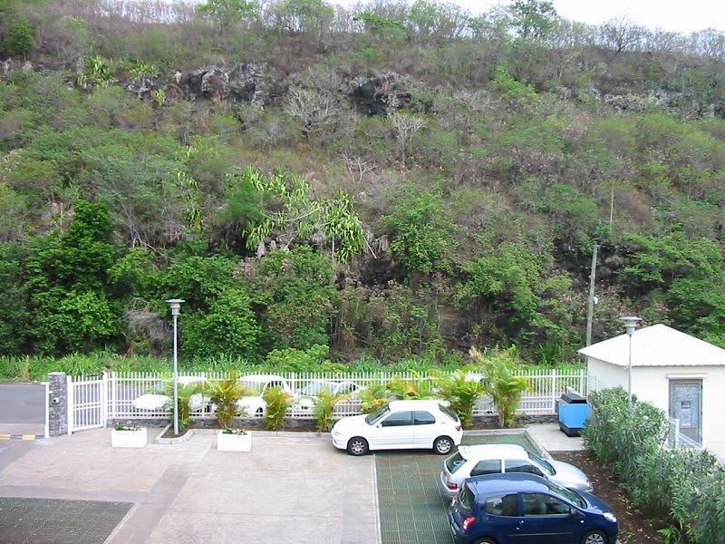 Location appartement St denis 832€ CC - Photo 5