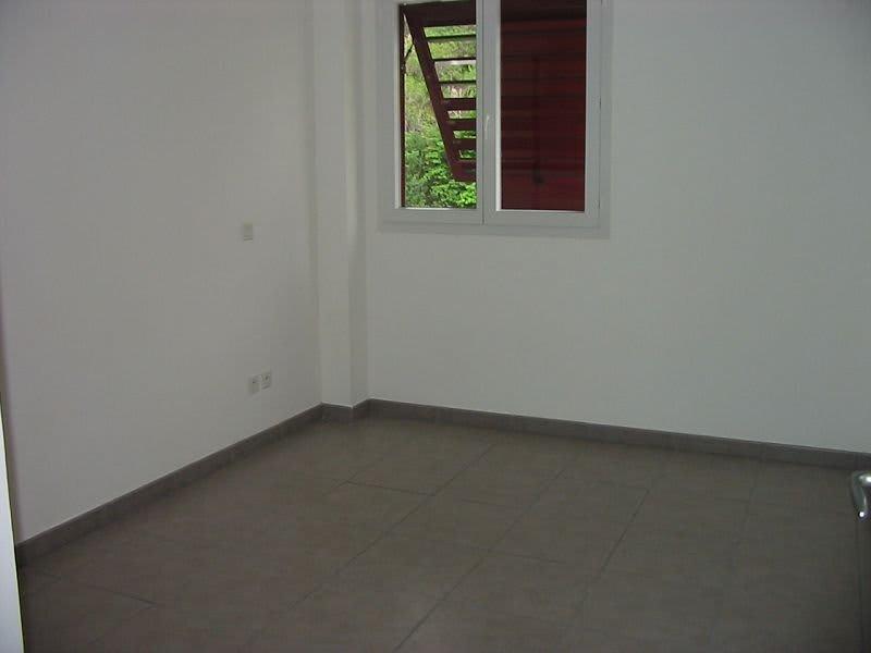 Location appartement St denis 832€ CC - Photo 10