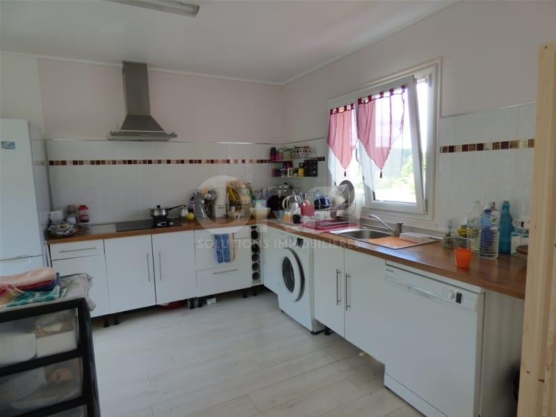 Sale house / villa Ecouis 164000€ - Picture 3