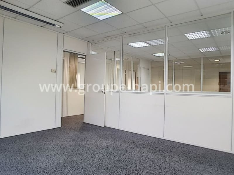 Location bureau Meylan 1060€ HC - Photo 2