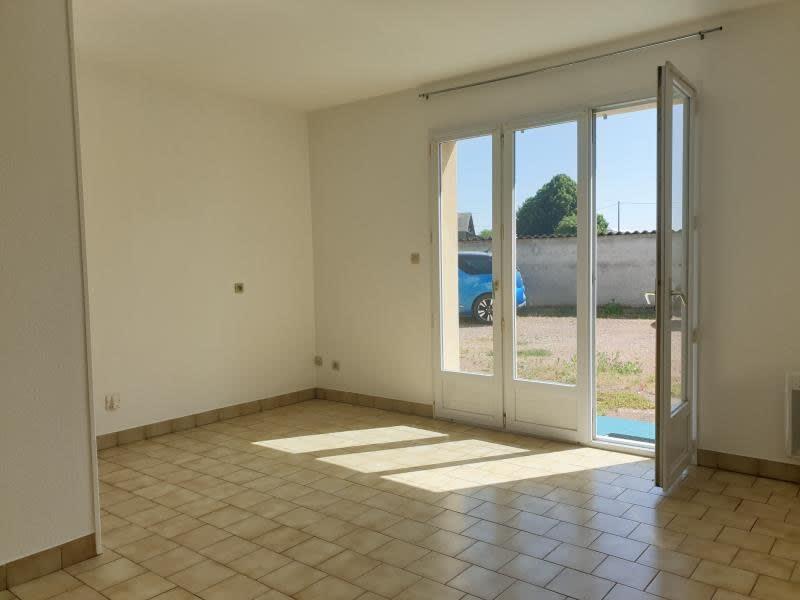 Location appartement Neuville de poitou 350€ CC - Photo 3