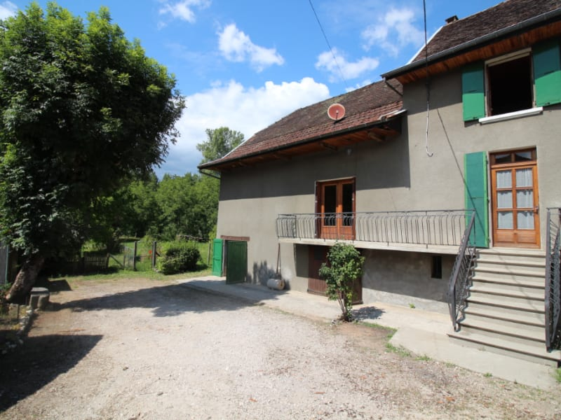 Maison type 4 - 92 m² -gros potentiel - Saint Genix Les Villages