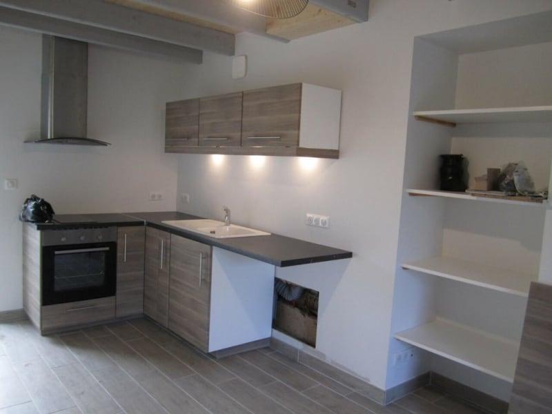 Rental apartment Poullignac 380€ CC - Picture 2