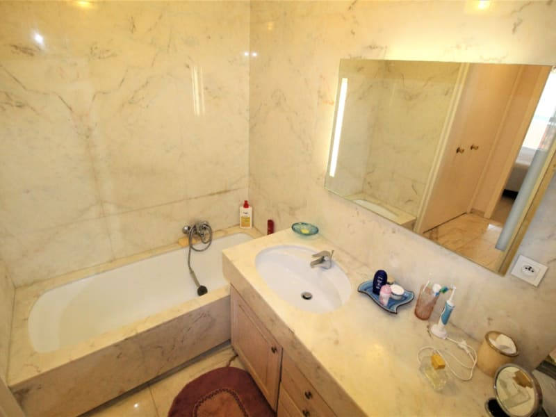 Sale apartment Antibes 950 000€ - Picture 7