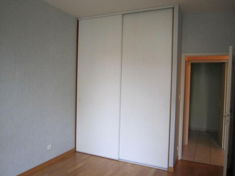Rental apartment Baignes-sainte-radegonde 422€ CC - Picture 5
