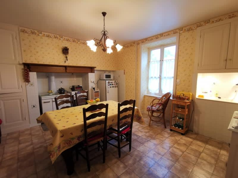 Sale house / villa Nexon 164000€ - Picture 3