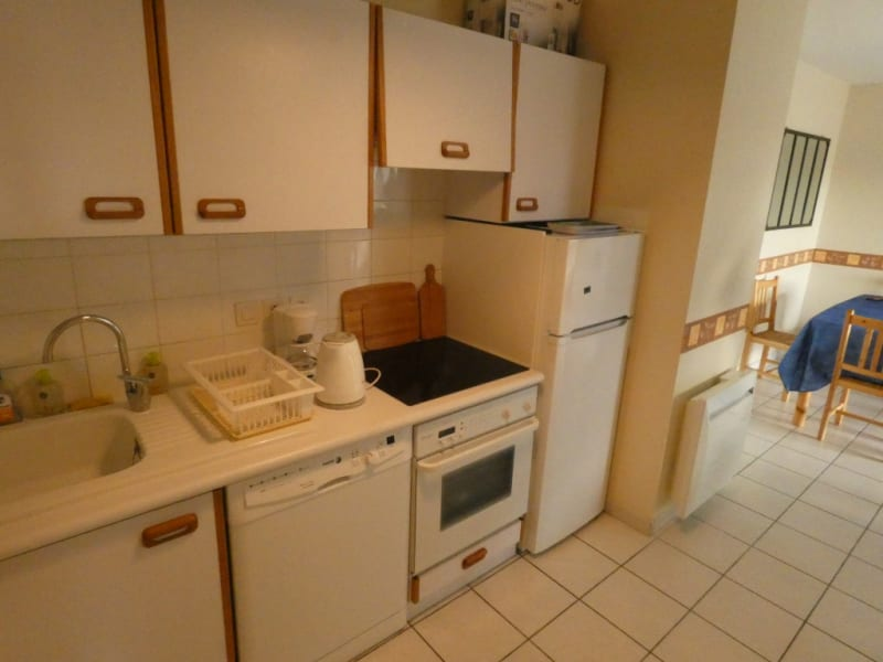Vacation rental apartment Royan  - Picture 9