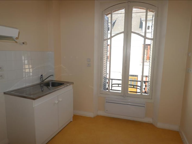 Location appartement Courville sur eure 450€ CC - Photo 1