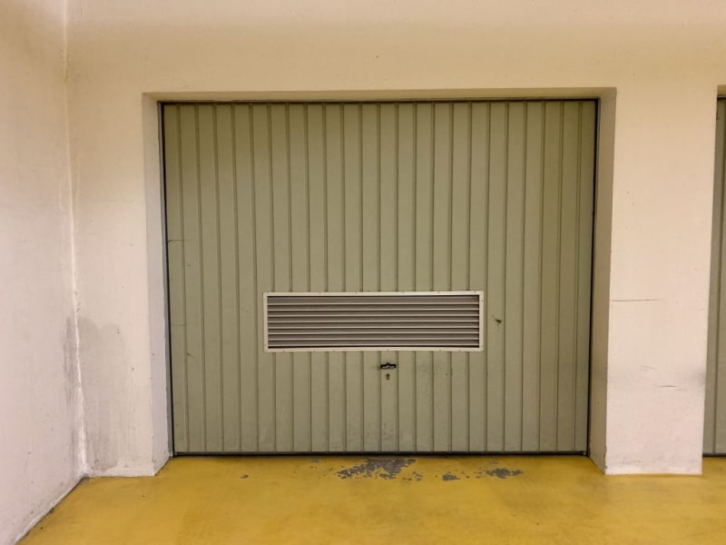 Location parking Caen 180€ CC - Photo 1