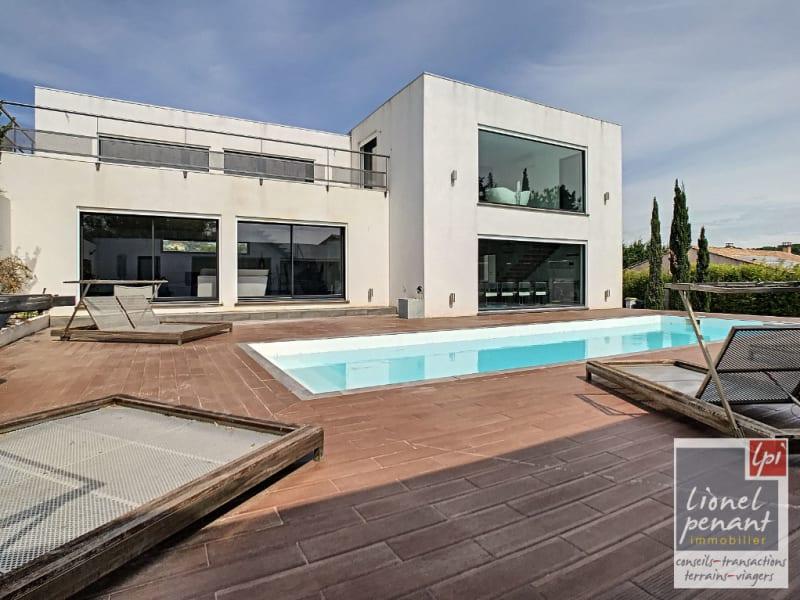 Sale house / villa Rochefort du gard 850000€ - Picture 1