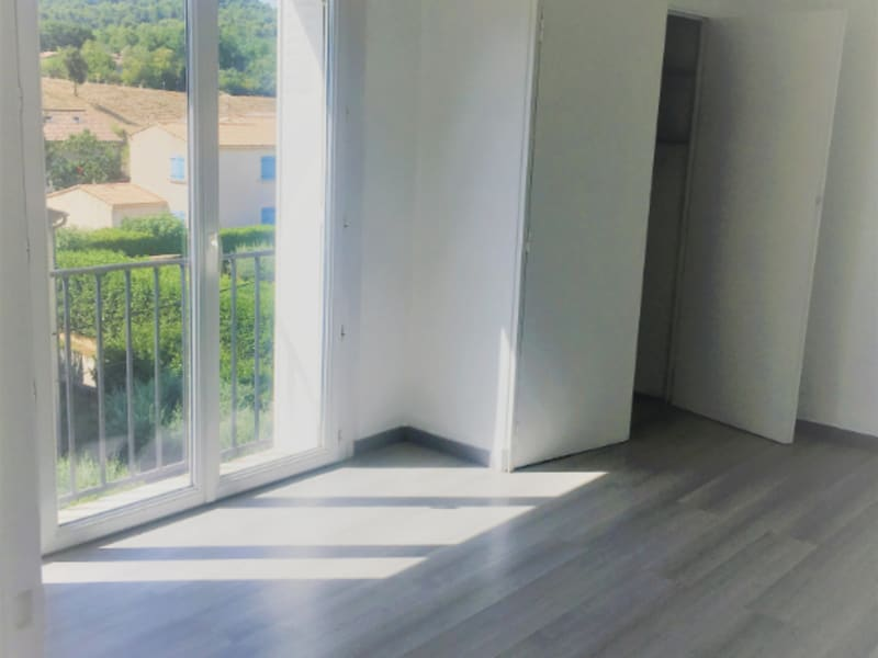 Sale apartment Peyrolles en provence 89 000€ - Picture 3