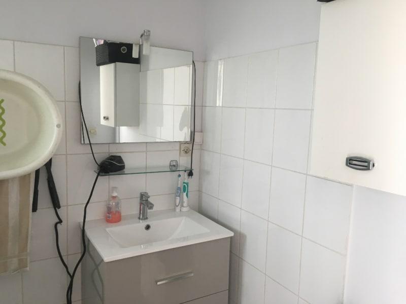 Sale apartment Peyrolles en provence 110000€ - Picture 6