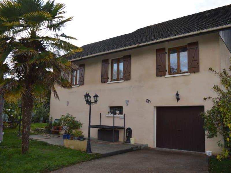 Sale house / villa Yenne 265000€ - Picture 1