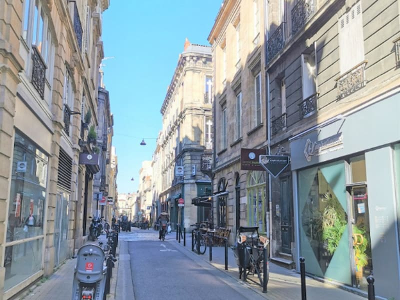 Commercial lease transfer shop Bordeaux 57 560€ CC - Picture 2