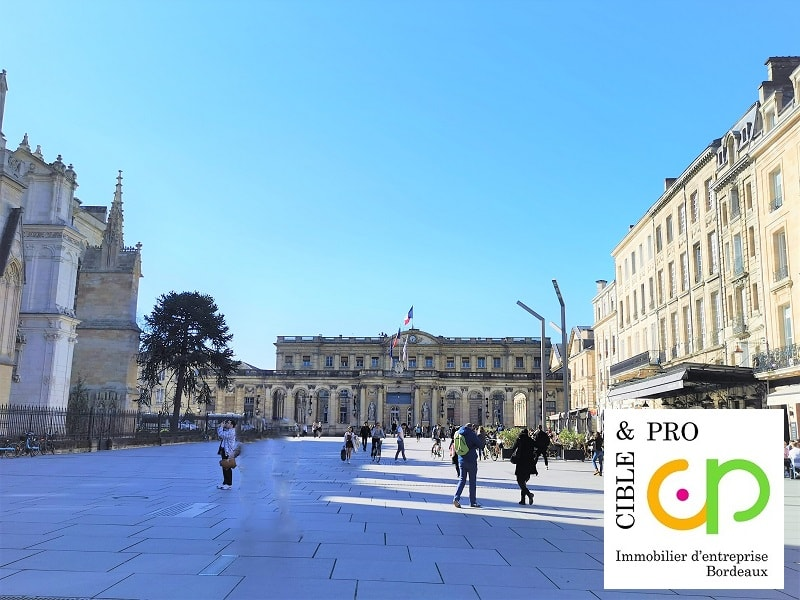 Commercial lease transfer shop Bordeaux 57 560€ CC - Picture 3