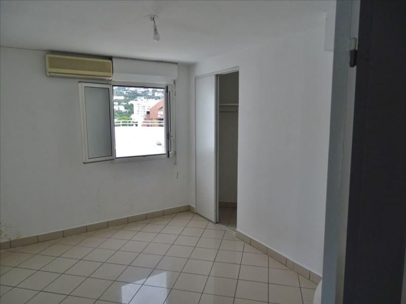 Verhuren  appartement Saint denis 1296€ CC - Foto 7