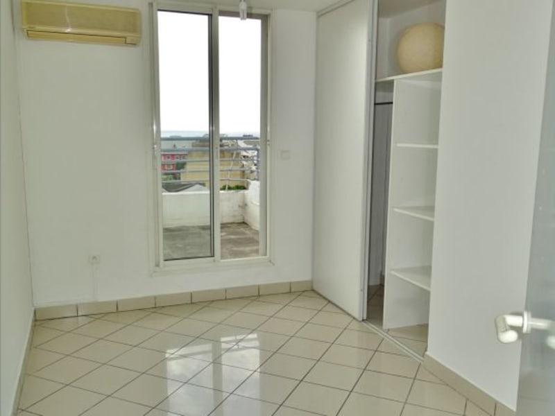 Verhuren  appartement Saint denis 1296€ CC - Foto 9