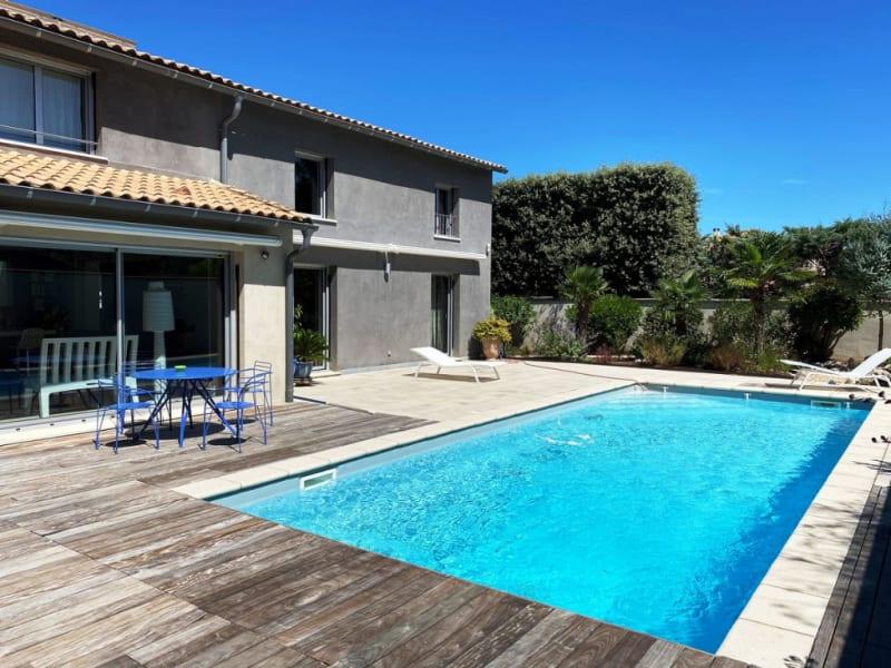 Vente maison / villa Villeneuve les avignon 717000€ - Photo 2