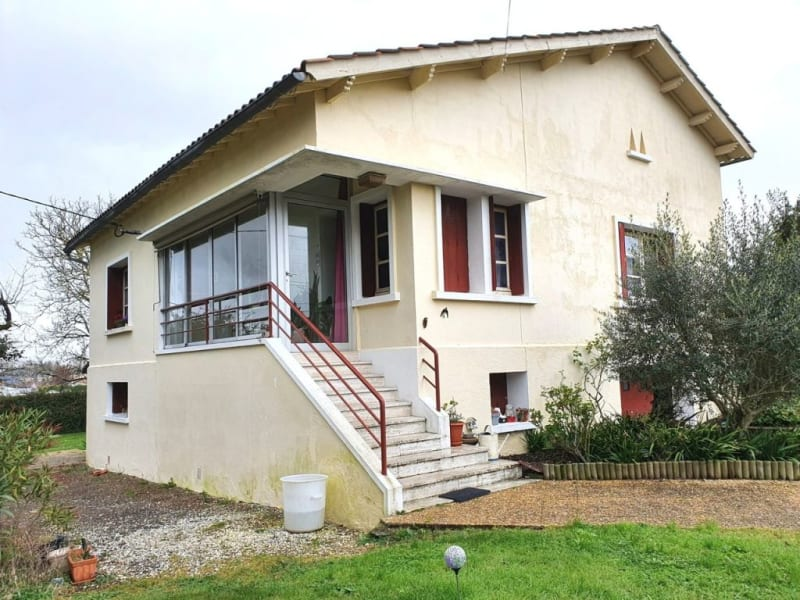 Sale house / villa Barbezieux-saint-hilaire 134 500€ - Picture 1
