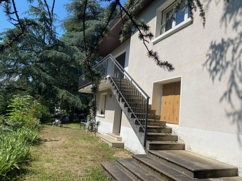 Vente maison / villa Charbonnieres les bains 775000€ - Photo 2