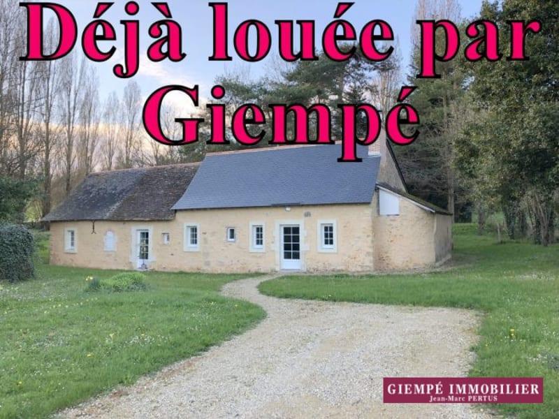 Location maison / villa Bazouges-sur-le-loir 560€ CC - Photo 1