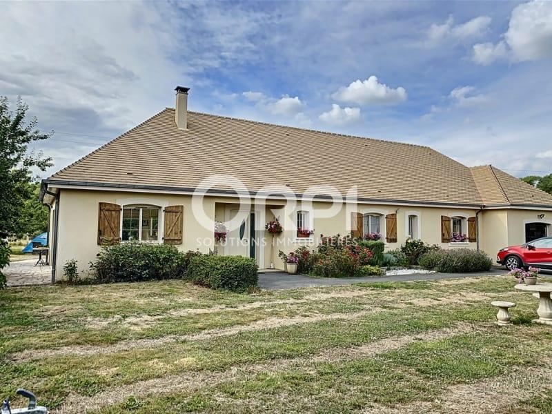 Sale house / villa Les andelys 315000€ - Picture 1