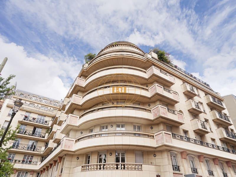 Sale apartment Levallois 1500000€ - Picture 1
