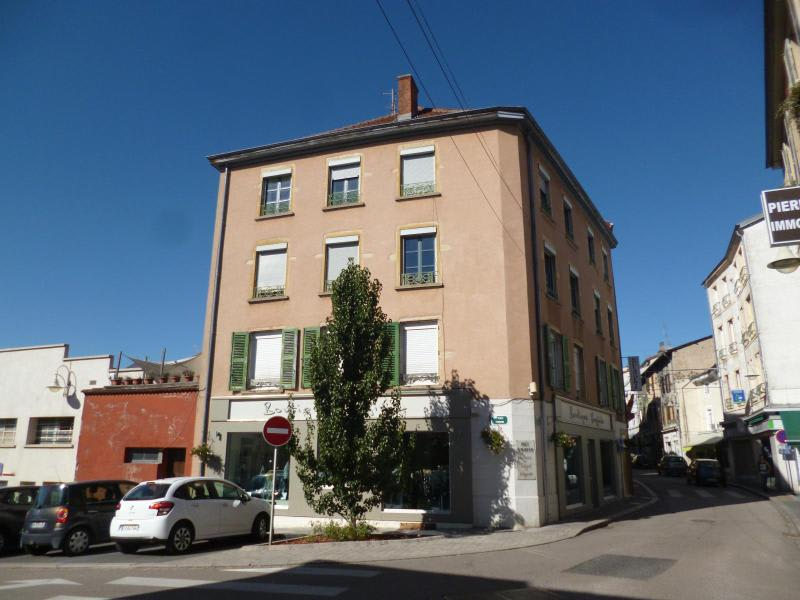 Location appartement Amplepuis 418€ CC - Photo 1