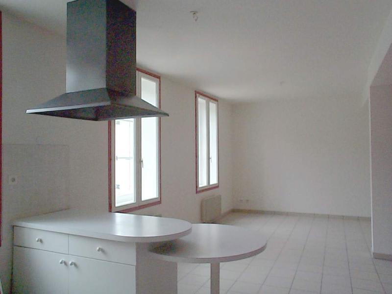 Location appartement L'arbresle 585€ CC - Photo 2
