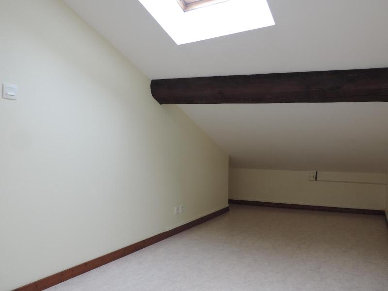 Location appartement Tarare 385€ CC - Photo 3